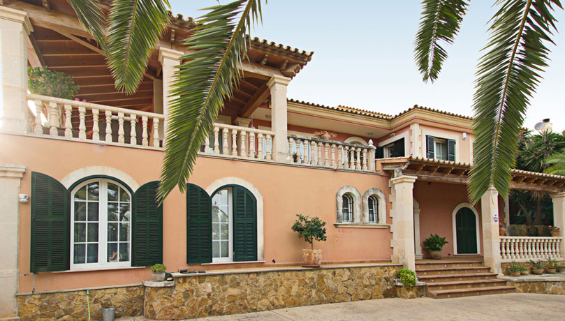 Lovely and large villa with sea views in Costa d'en Blanes
